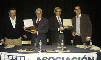 Luis Álvarez y Santiago López. Apoderados