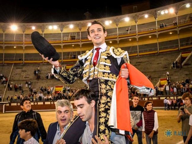 Puerta Grande y certamen para Álvaro Burdiel